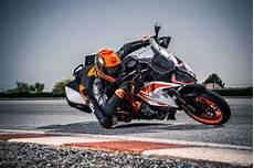 Ktm 1290 Duke Gt 2019 - 2019 ktm 1290 duke gt guide total motorcycle