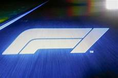 logo f1 2018 formula 1 unveils new logo for 2018 season f1 autosport