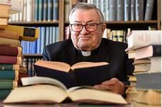 kardinal lehmann tot trauer um kardinal lehmann montag 12 m 228 rz 2018 10 09 00
