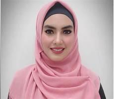 Jilbab Segi Empat Kartika Putri Model Terbaru
