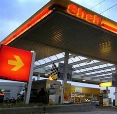 shell tankstelle in der nähe tankstellen shell gibt preisgarantie f 252 r benzinpreis welt