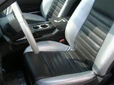 smacchiare tappezzeria auto come smacchiare i sedili dell auto come fare tutto