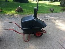 Barbecue Grill Smoker Wheelbarrow Diys Grill Selber
