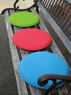 runde sitzkissen sitzkissen aus filz rund durchmesser 35 cm bei tischlerei