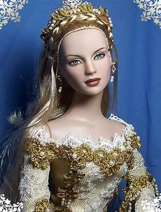 old fashion beauty queen tonner barbie doll dolls