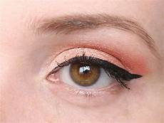 Maquillage Corail Pour Yeux Marronstribulons