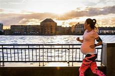 sport in der sport in der schwangerschaft ja aber richtig fit for