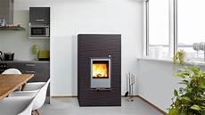 chauffage le granul 233 de bois combustible presque parfait