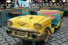 cing car americain car diner booth vintage inspired diner decor diner