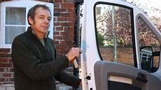 how to manually lock the doors on a fiat ducato after