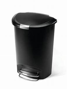 Kitchen Garbage Cans Reviews by Top 5 Best Kitchen Trash Cans Review 2016 Top 10 Review Of