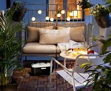 Lounge Ecke Balkon - mini lounge ecke by ikea kleiner balkon design balkon