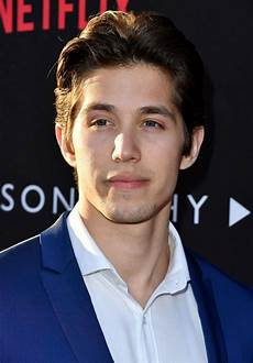 13 Reasons Why Brandon Larracuente - who is 13 reasons why brandon larracuente meet the