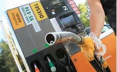 les taxes sur le diesel et l essence en balance sud ouest fr