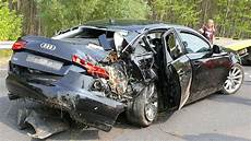 Unfall A 4 - car of audi a6 road crash