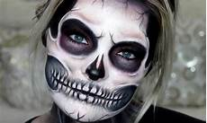 11 Exposed Skull Makeup Tutorials For A Deadly