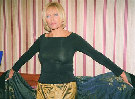 Ajda Pekkan Naked