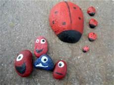 steine kleben basteln mit steinen basteln kindersache