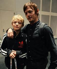Norman Reedus Sohn - norman reedus sons and norman on