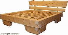 zirbenholz balkenbett der schreinerei loferer