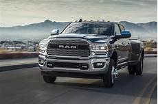 der neue ram heavy duty 2019 ist ein auto