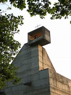 le corbusier möbel le corbusier la tourette bell tower beton brut