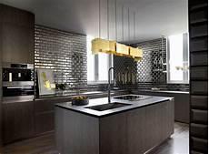 küche dunkler boden loveisspeed apartment in opus by architect frank