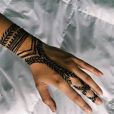 henna tattoo facts plus 80 designs that will inspire you