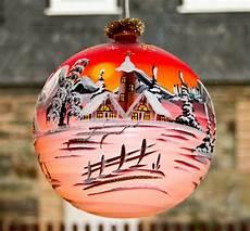 beleuchtete weihnachtskugeln geh 228 nge aus glas lauschaer glaskunst