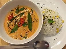 Curry Mit Kokosmilch - thai chicken curry mit kokos mais reis rezept