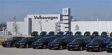 Vw Werk Emden - volkswagen announces plans to convert existing factories