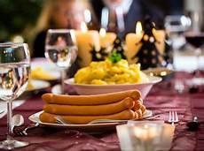 traditionelles weihnachtsessen deutschland weihnachtsessen was deutschland isst und was dar 252 ber wei 223