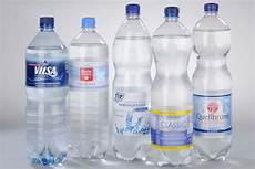 stiftung warentest mineralwasser mineralwasser test gut muss nicht teuer sein