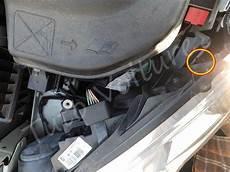 aide changement voiture changement d une oule avant gauche d une peugeot 308