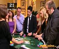 как считать карты в покере холдем видео