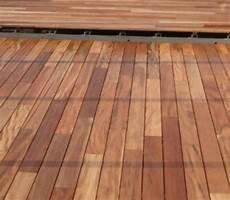 jardin piscine bois lames de terrasse en tigger wood