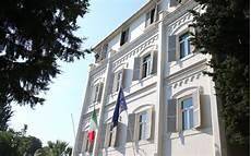 consolato italiano a roma consolato generale d italia avviso di assunzione di