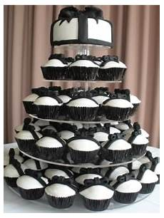 the black white wedding part one cakes and candy bars