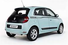 Renault Twingo Colour Run Special Gets Covered In Paint