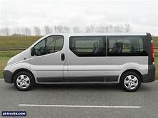 2011 Opel Vivaro Photos Informations Articles