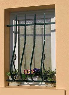 grilles protection fenetres fer forgé grille de protection sologne glassgow fr en acier fer forg 233