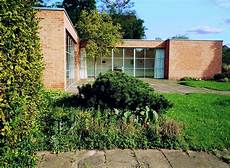 File Mies Der Rohe Haus Berlin 1 Jpg Wikimedia Commons