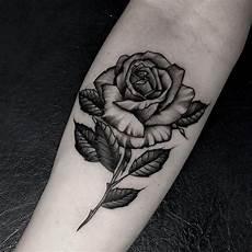 Unterarm Blume - kleine tattoos