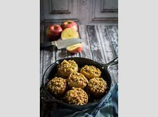 hot baked cinnamon apples_image