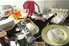 Kitchen Items That Are For Hair by 15 Kitchen Items You Should Throw Out Immediately