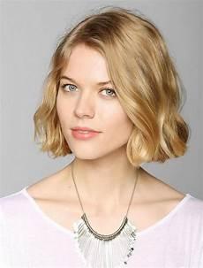 15 cute chin length hairstyles for short hair popular
