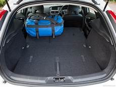 Volvo V40 Picture 164 Of 186 Boot Trunk My 2013 800x600