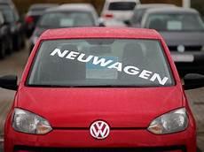 Anmelden Versichern Einfahren Das Neue Auto Ist Da