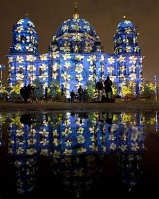 photos berlin s spectacular festival of lights com news