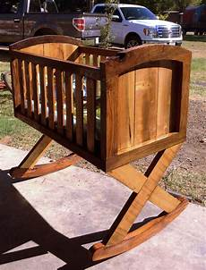 Diy Bassinet With Pallets And Barn Wood My Hubby